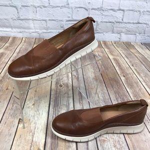 Vionic  Linden Leather Slip On Loafer